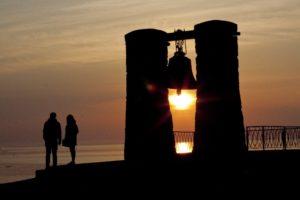 Туманный колокол в Херсонесе на закате