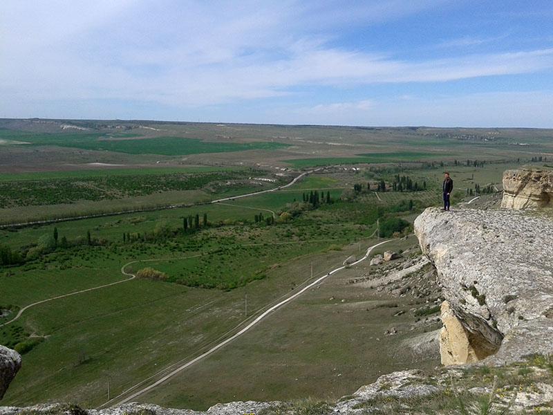 Вид с Белой скалы в Крыму весной