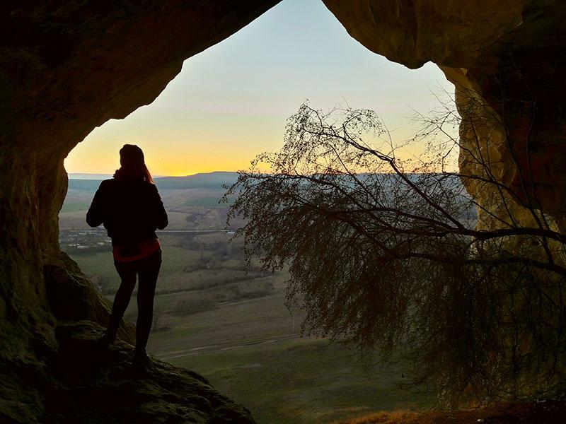 Вид из пещеры Белой скалы в Крыму