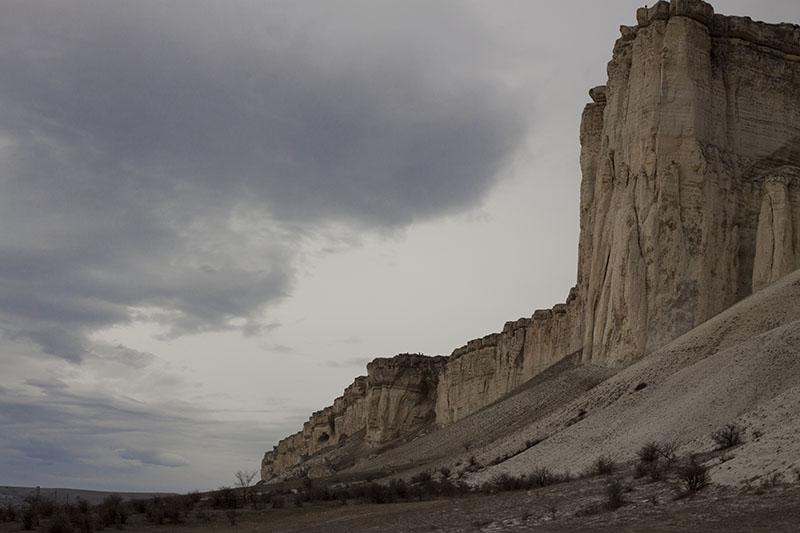 Белая скала в Крыму зимой