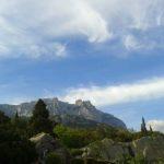 Вид на гору Ай-Петри от Воронцовского дворца в Крыму