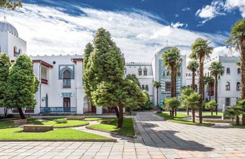 Дворец Дюльбер в Крыму
