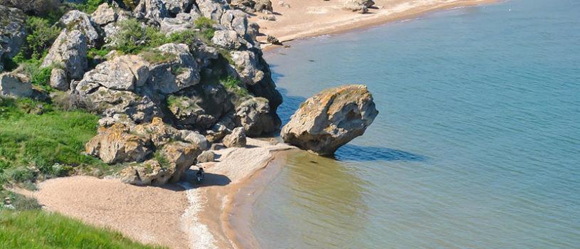 Самые необычные и красивые пляжи Крыма