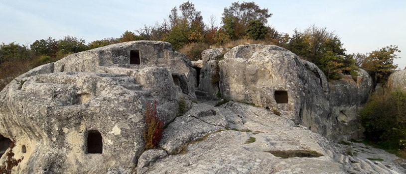 16 мировых достопримечательностей в Крыму