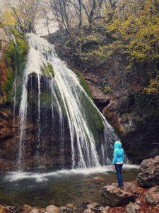 Водопад Джур-Джур в Крыму осенью