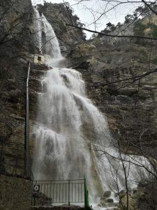 Водопад Учан-Су весной