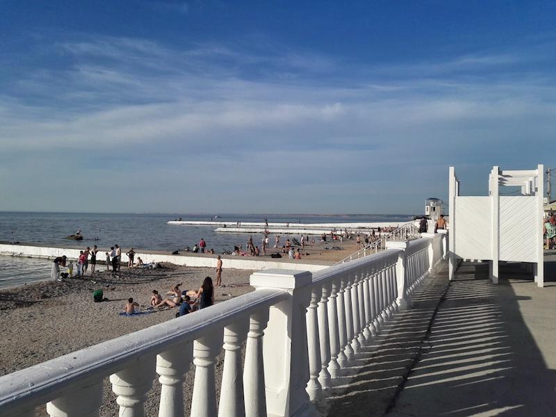 Пляж на Парке Победы в Севастополе