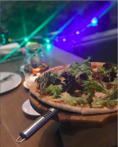 Пицца в ресторане Пряности и страсти в Ялте