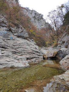 Ванна молодости в Большом каньоне Крыма